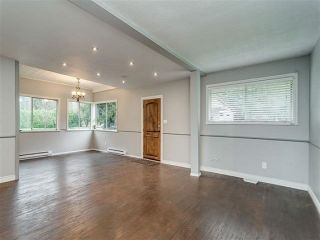 Photo 5: 20838 LOUIE Crescent in Langley: Walnut Grove House for sale : MLS®# R2391632