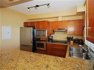 Photo 7: 608 827 Fairfield Rd in VICTORIA: Vi Downtown Condo for sale (Victoria)  : MLS®# 575913