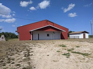 Photo 1: 140153 PTH 6 Highway in Camper: Industrial / Commercial / Investment for sale (R19)  : MLS®# 202119103