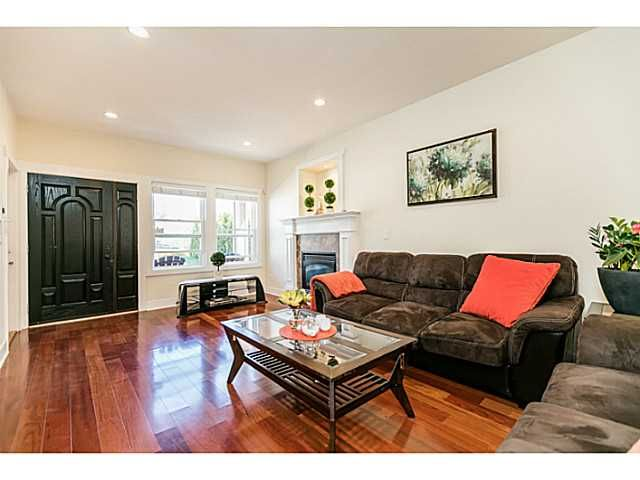 Photo 5: Photos: 7979 MCGREGOR Avenue in Burnaby: South Slope 1/2 Duplex for sale (Burnaby South)  : MLS®# V1137815