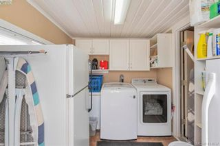 Photo 14: 9 1536 Middle Rd in VICTORIA: VR Glentana Manufactured Home for sale (View Royal)  : MLS®# 822417