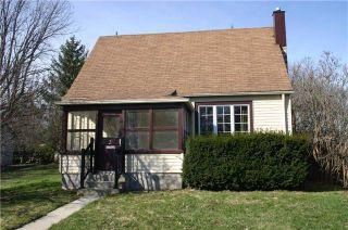 Photo 2: 2 Amanda Street: Orangeville House (1 1/2 Storey) for sale : MLS®# W3761142