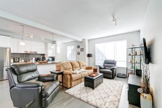 """Photo 4: 89 8138 204 Street in Langley: Willoughby Heights Townhouse for sale in """"Ashbury and Oak by Polygon"""" : MLS®# R2434311"""