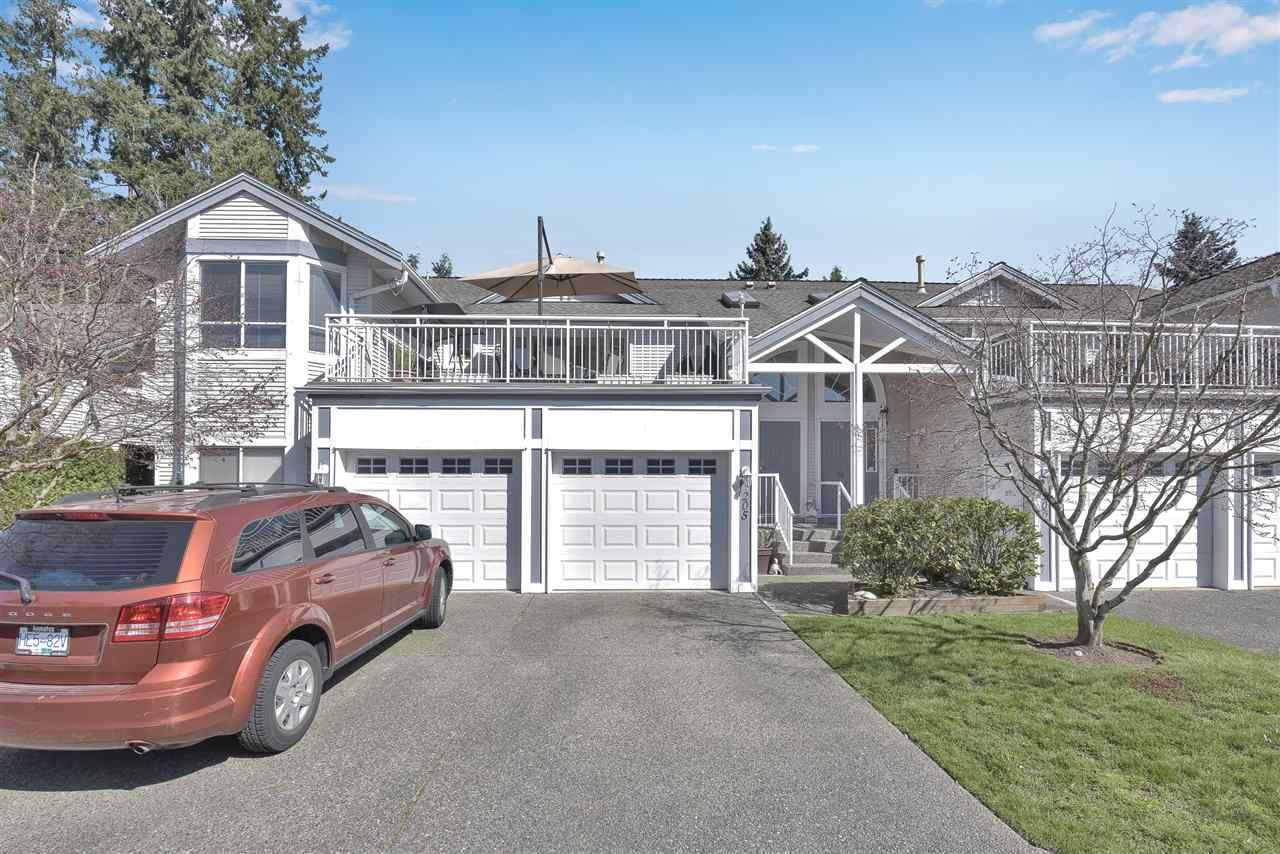"Main Photo: 205 9072 FLEETWOOD Way in Surrey: Fleetwood Tynehead Townhouse for sale in ""WYND RIDGE"" : MLS®# R2567769"