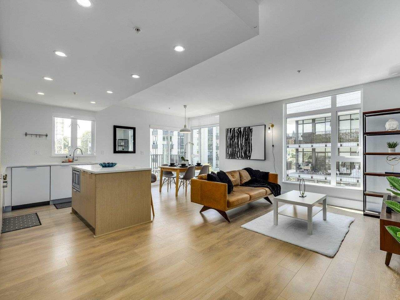 """Main Photo: 305 5085 MAIN Street in Vancouver: Main Condo for sale in """"Eastpark"""" (Vancouver East)  : MLS®# R2585433"""