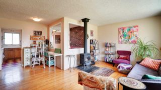 Photo 2: 16116 108 Avenue in Edmonton: Zone 21 House for sale : MLS®# E4247704