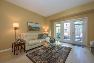 Photo 5: 36 1555 HIGHBURY Avenue in London: East A Residential for sale (East)  : MLS®# 40162340