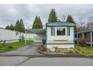 "Photo 2: 119 1840 160 Street in Surrey: King George Corridor Manufactured Home for sale in ""BREAKAWAY BAYS"" (South Surrey White Rock)  : MLS®# R2532598"