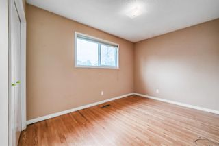 Photo 13: 324 Foritana Road SE in Calgary: Forest Heights Detached for sale : MLS®# A1143360