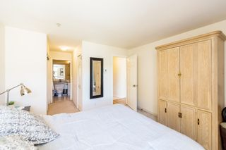 """Photo 15: 606 301 MAUDE Road in Port Moody: North Shore Pt Moody Condo for sale in """"Heritage Grand"""" : MLS®# R2260187"""