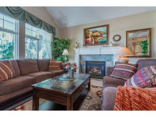 """Photo 6: 21048 86A Avenue in Langley: Walnut Grove House for sale in """"Manor Park"""" : MLS®# R2565885"""
