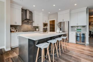 Photo 8: 251 West Grove Point SW in Calgary: West Springs Detached for sale : MLS®# A1056833