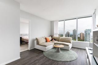 """Photo 2: 2705 5883 BARKER Avenue in Burnaby: Metrotown Condo for sale in """"ALDYNE ON THE PARK"""" (Burnaby South)  : MLS®# R2453440"""