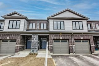 Main Photo: 205 WOODMEADOW Court in Kitchener: Residential for sale : MLS®# H4100260