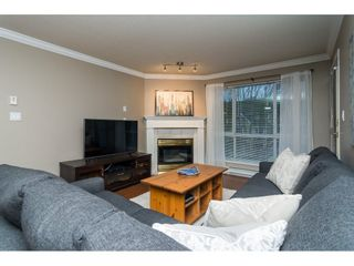 Photo 4: 308 20200 54A AVENUE in Langley: Langley City Condo for sale : MLS®# R2221595