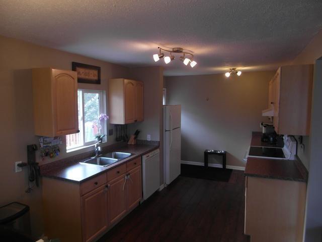 Photo 11: Photos: 246 OAK ROAD in : North Kamloops House for sale (Kamloops)  : MLS®# 128399