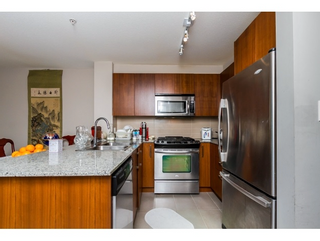 Photo 12: 119 5885 Irmin Street in Burnaby: Metrotown Condo for sale (Burnaby South)  : MLS®# R2061534