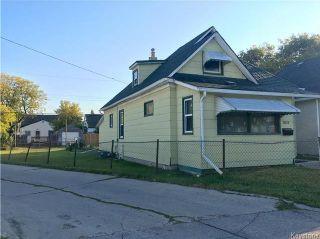 Photo 2: 1637 Ross Avenue West in Winnipeg: Weston Residential for sale (5D)  : MLS®# 1724879