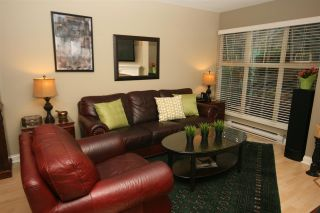 "Photo 1: 52 65 FOXWOOD Drive in Port Moody: Heritage Mountain Townhouse for sale in ""FOREST HILL"" : MLS®# R2012427"