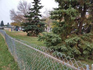 Photo 2: 11402 & 11404 42 Street in Edmonton: Zone 23 House Duplex for sale : MLS®# E4265651