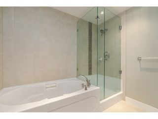 """Photo 12: 203 14824 NORTH BLUFF Road: White Rock Condo for sale in """"Belaire"""" (South Surrey White Rock)  : MLS®# R2459201"""