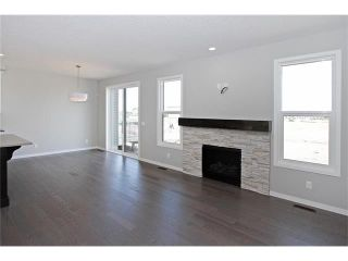 Photo 8: 158 WALGROVE Drive SE in Calgary: Walden House for sale : MLS®# C4075055