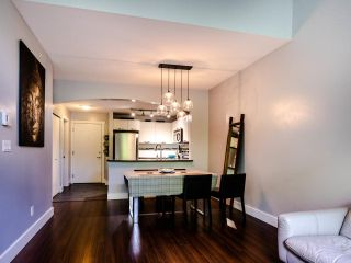 "Photo 9: 404 7418 BYRNEPARK Walk in Burnaby: South Slope Condo for sale in ""GREEN"" (Burnaby South)  : MLS®# R2466553"