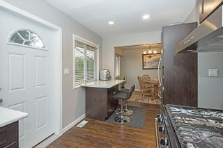 Photo 5: 412 DRAYCOTT Street in Coquitlam: Central Coquitlam House for sale : MLS®# R2034176
