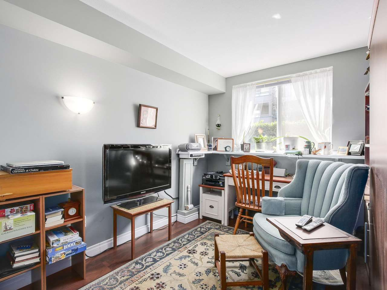 """Photo 9: Photos: 209 1575 BEST Street: White Rock Condo for sale in """"THE EMBASSY"""" (South Surrey White Rock)  : MLS®# R2151526"""