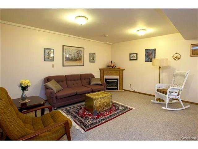 Photo 15: Photos: 31 Farlinger Bay in Winnipeg: Garden City Residential for sale (4F)  : MLS®# 1703932