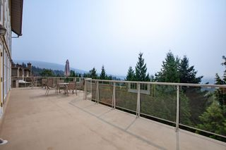 "Photo 3: 3 2979 PANORAMA Drive in Coquitlam: Westwood Plateau Townhouse for sale in ""Deercrest"" : MLS®# R2317801"