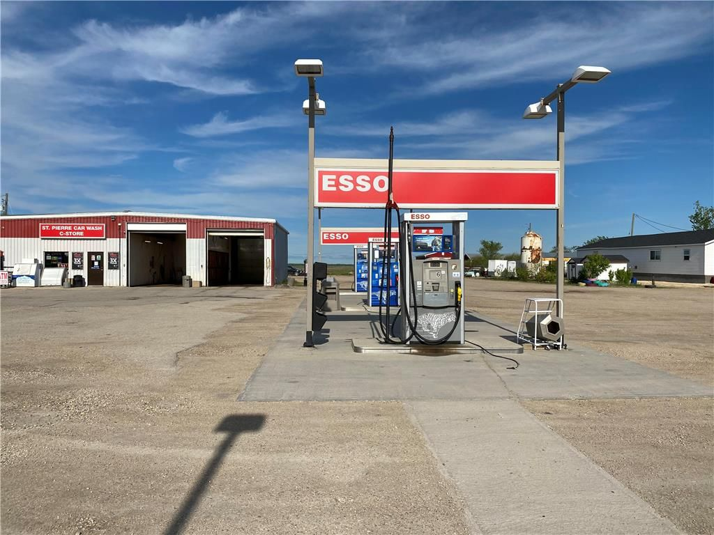 Main Photo: 30075 HWY 59 Road in St Pierre-Jolys: Industrial / Commercial / Investment for sale (R17)  : MLS®# 202113200