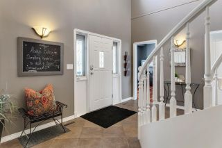 Photo 2: 63 BRYNMAUR Close: Rural Sturgeon County House for sale : MLS®# E4229586