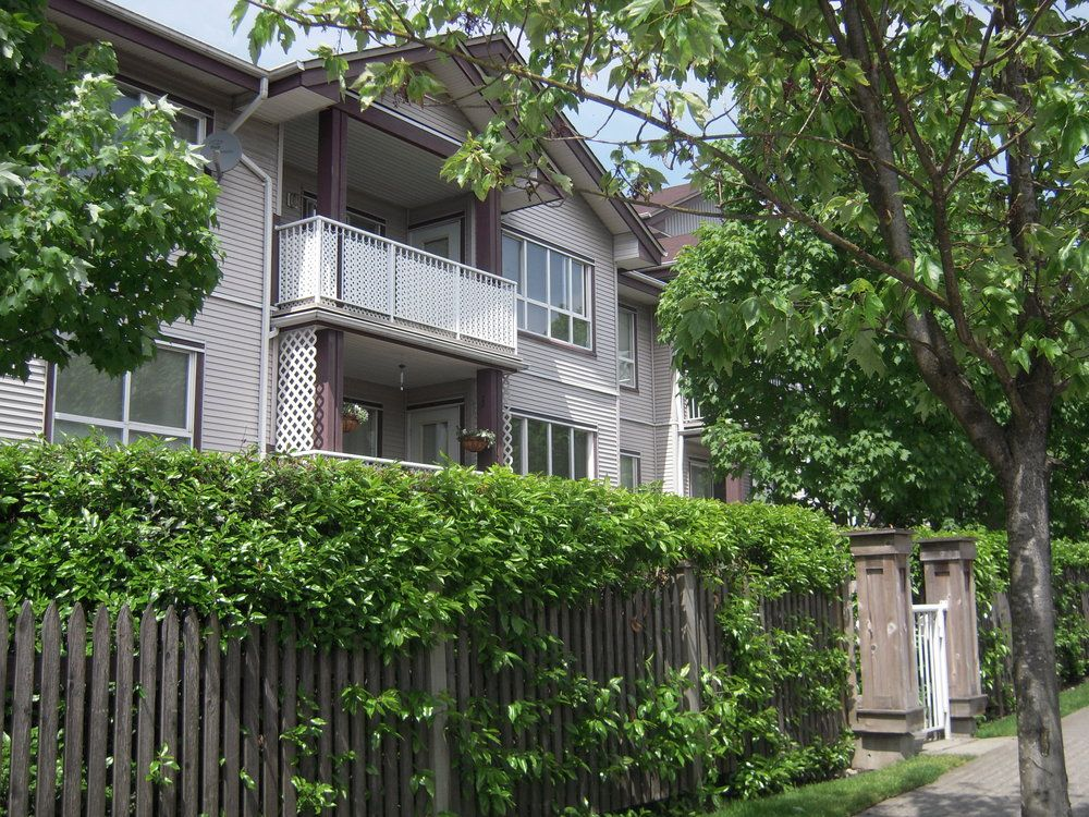 Main Photo: 202 5355 BOUNDARY Road in Vancouver East: Collingwood VE Home for sale ()  : MLS®# V769606