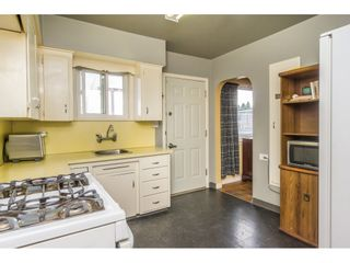 Photo 9: 6478 CLINTON Street in Burnaby: South Slope House for sale (Burnaby South)  : MLS®# R2125694