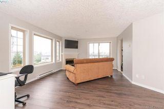 Photo 4: 207 3700 Carey Rd in VICTORIA: SW Gateway Condo for sale (Saanich West)  : MLS®# 823245