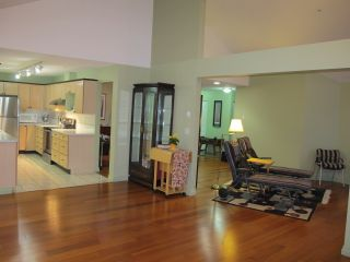 """Photo 4: 405 19131 FORD Road in Pitt Meadows: Central Meadows Condo for sale in """"WOODFORD MANOR"""" : MLS®# R2123164"""
