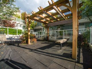 """Photo 17: 1205 550 TAYLOR Street in Vancouver: Downtown VW Condo for sale in """"The Taylor"""" (Vancouver West)  : MLS®# R2093056"""