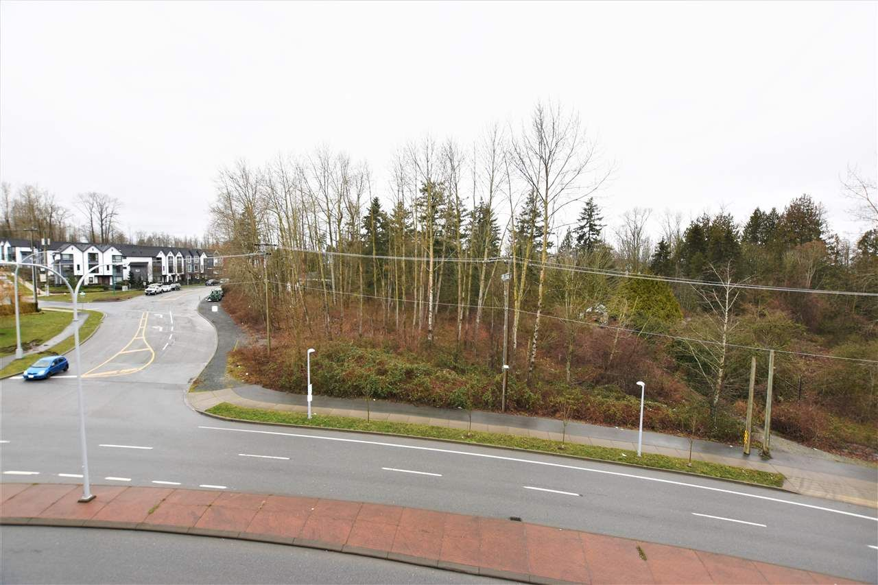 """Photo 13: Photos: 404 19228 64 Avenue in Surrey: Clayton Condo for sale in """"Focal Point"""" (Cloverdale)  : MLS®# R2535709"""