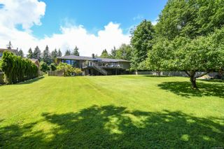 Photo 4: 5950 Mosley Rd in : CV Courtenay North House for sale (Comox Valley)  : MLS®# 878476