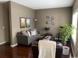 Photo 3: 332 Willowgrove Lane in Saskatoon: Willowgrove Residential for sale : MLS®# SK842155
