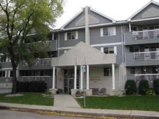 Photo 1: 108 910 9th Street East in Saskatoon: Varsity View Condominium for sale (Saskatoon Area 02)  : MLS®# 374451