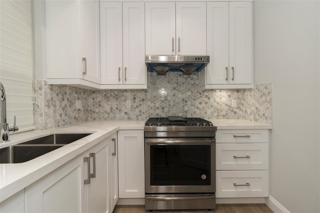 Photo 9: Photos: 10231 RUSKIN Road in Richmond: South Arm House for sale : MLS®# R2392691