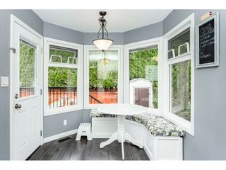"""Photo 8: 35443 LETHBRIDGE Drive in Abbotsford: Abbotsford East House for sale in """"Sandyhill"""" : MLS®# R2378218"""