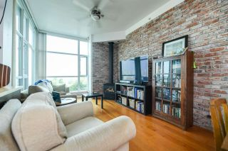 """Photo 5: 316 2515 ONTARIO Street in Vancouver: Mount Pleasant VW Condo for sale in """"ELEMENTS"""" (Vancouver West)  : MLS®# R2197101"""