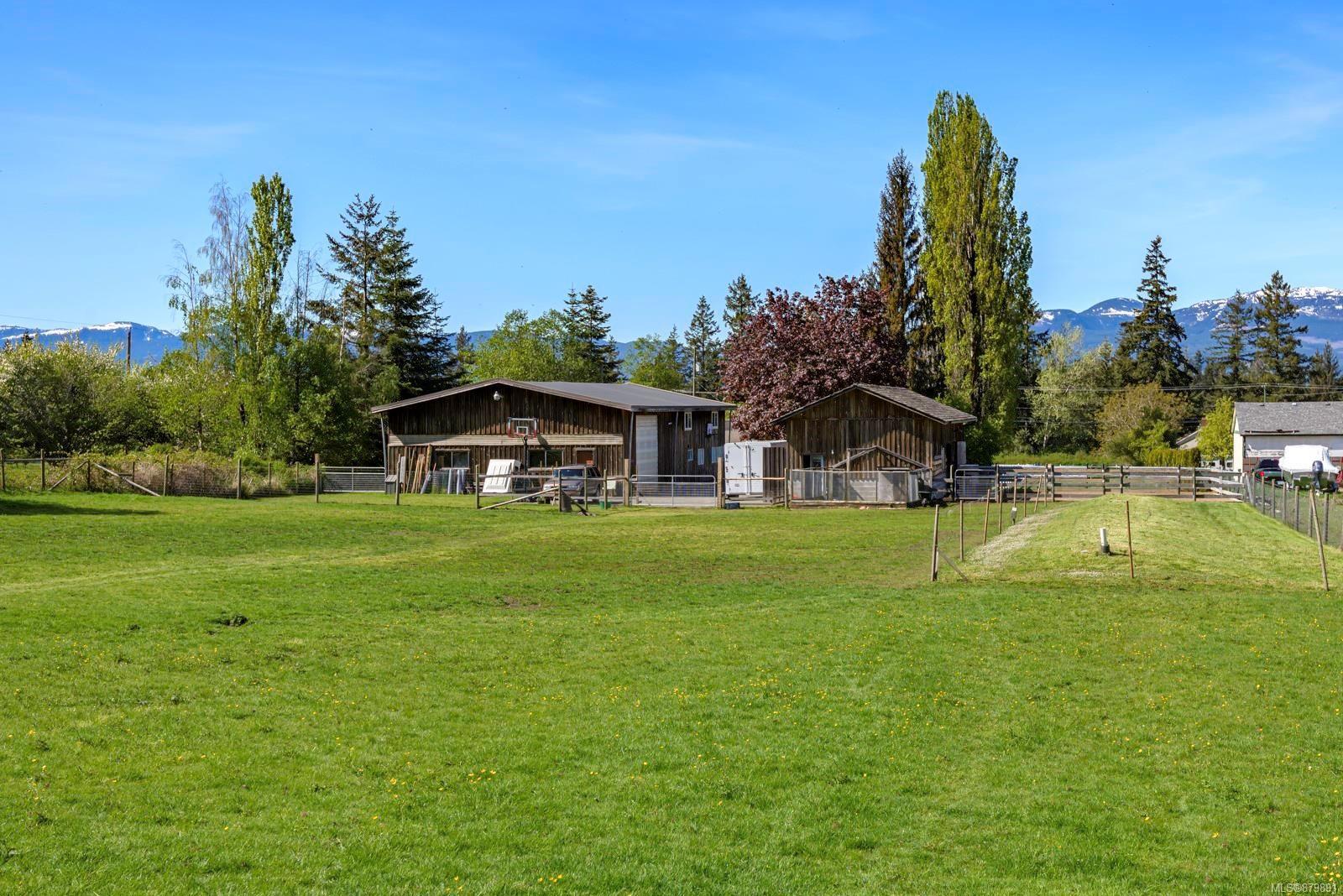 Photo 36: Photos: Vancouver Island Horse Property