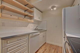 Photo 4: 32 5315 53 Avenue NW in Calgary: Varsity Row/Townhouse for sale : MLS®# A1117193