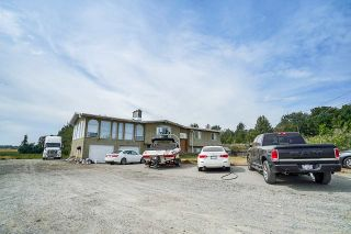 Photo 2: 625 BRADNER Road in Abbotsford: Aberdeen House for sale : MLS®# R2397446