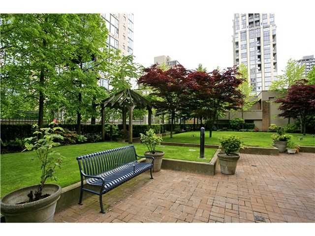 Photo 10: Photos: 2309 1188 Richards Street in Vancouver: Yaletown Condo for sale (Vancouver West)  : MLS®# V934649