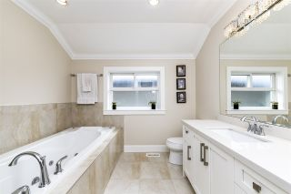 Photo 16: 723 E 15TH STREET in North Vancouver: Boulevard House for sale : MLS®# R2363687